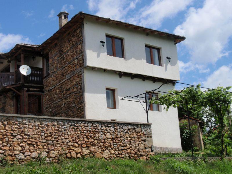 Huis of appartement kopen in bulgarije huizen: origineel huis in