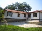 Nieuwgebouwd  typisch dorpshuis