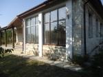 Uniek natuursteen huis 28 km van Varna en de zee