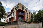 Luxe tweeslaapkamer  appartement in een villawijk van Varna 500 meter van de zee