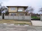 Nieuwbouw villa 14 km van het strand